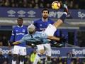 FOTO: Manchester City Sikat Everton dan Geser Liverpool