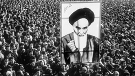 FOTO: Kenangan 40 Tahun Revolusi Iran dari Balik Lensa
