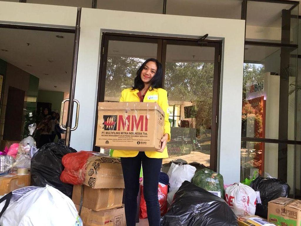 Kegiatan pengumpulan boneka ini bekerjasama dengan Koalisi Anak Madani Indonesia (KAMI), Jefri Nichol Fans Club, LPAI, Sahabat Yatim Indonesia, Kementerian Sosial, Saya Sahabat Anak, SMA 35 Jakarta, dan Alumni SMA 35 Jakarta. Istimewa/Vokom UI.