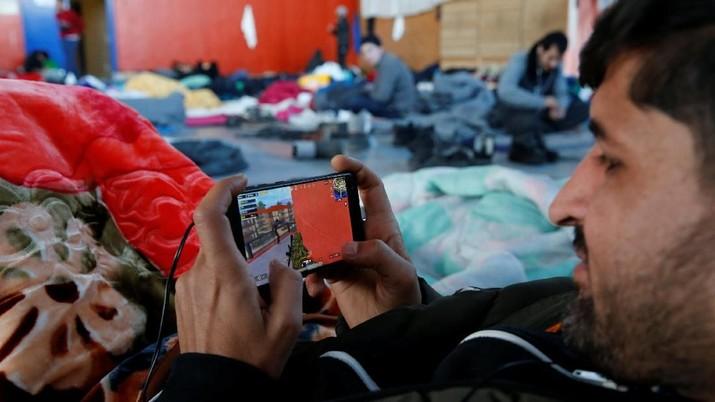 Pemerintah Malaysia harus segera mempertimbangkan untuk melarang permainan PUBG karena memiliki dampak negatif pada anak-anak dan remaja.