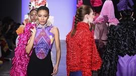 FOTO: Kala Desainer Indonesia Mengguncang New York