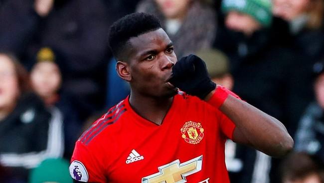 Gelandang Paul Pogba membawa Man United unggul pada menit ke-16 usai menerima umpan Anthony Martial. Gol tersebut merupakan yang ketujuh bagi Pogba di musim di bawah Ole Gunnar Solskjaer. (Action Images via Reuters/Andrew Couldridge)
