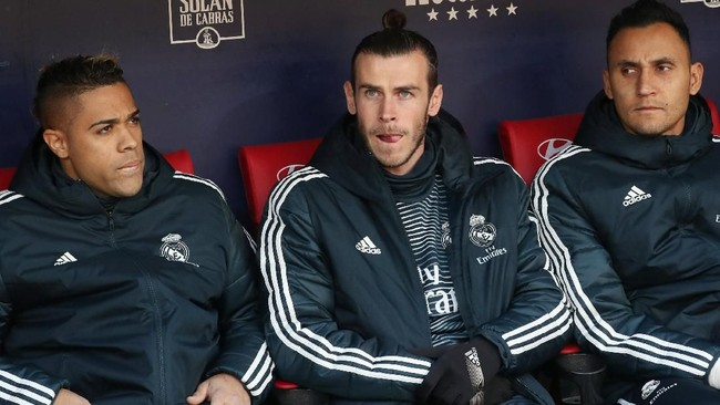 Gareth Bale yang mencetak satu gol Real Madrid memulai pertandingan melawan Atletico Madrid dari bangkucadangan.(REUTERS/Susana Vera)