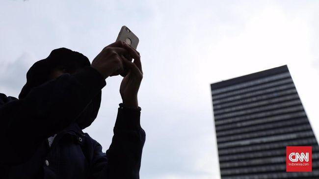 Mulai Hari Ini XL dan Telkomsel Uji Coba Blokir Ponsel Ilegal