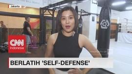 Berlatih 'Self-Defense'