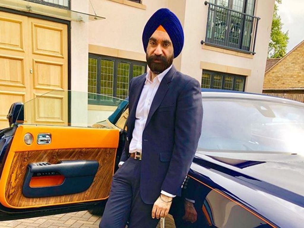 Itu berarti tambahan terbarunya yang dikenal sebagai Jewels Collection akan bergabung dengan beberapa model Rolls-Royce lainnya termasuk sedan Phantom generasi sebelumnya, Phantom Coupe dan beberapa convertible. Foto: Instagram/Reuben Singh