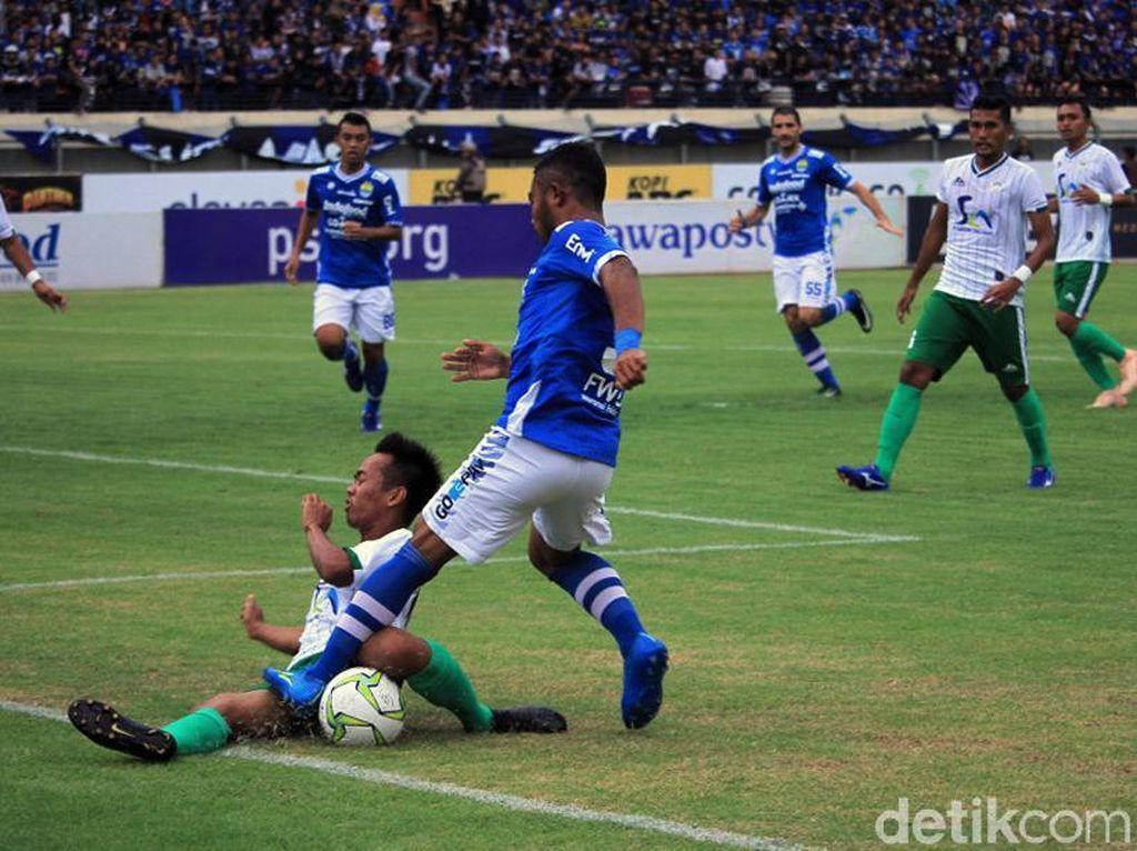 Menutup pertandingan, Ghozali Siregar membawa Persib unggul 7-0 jelang akhir pertandingan. Dia melesakkan gol setelah terjadi kemelut di kotak penalti lawan.