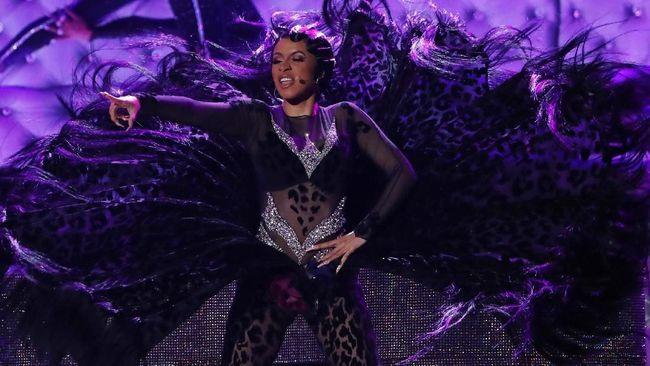 Usai 'Diserang' karena Menang Grammy, Cardi B Tutup Instagram