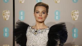 FOTO: Selebriti Berbusana Terbaik di BAFTA Awards 2019