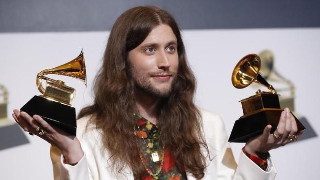 Childish Gambino memenangkan penghargaan berkat lagu 'This Is America', yaitu Song of the Year. Namun dirinya tak hadir sehingga diwakilkan oleh Ludwig Goransson yang juga memenangkan Grammy untuk kategoriBest Score Soundtrack for Visual Media atas