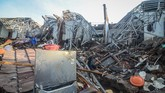 Jumlah rumah yang hancur sebanyak 12 unit. Dalam kejadian ini, tiga orang dilaporkan meninggal dunia.(ANTARA FOTO/Raisan Al Farisi/ama)