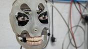 Perkenalkan Ai-da, Robot Seniman yang Mampu Melukis