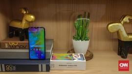 Samsung Boyong Ponsel 'Berponi' Murah Pesaing Xiaomi
