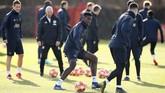 Paul Pogba jadi salah satu pemain Manchester United yang paling disorot. Pogba benar-benar kembali ke level permainan terbaik sejak Solskjaer datang. (Reuters/Jason Cairnduff)