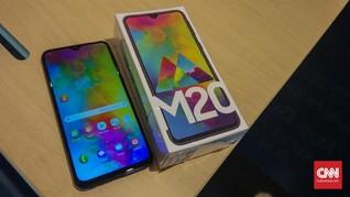 Samsung Incar Sopir Ojol Lewat Ponsel Baterai Bongsor