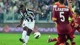 Juventus mendapatkan Paul Pogba secara gratis dari Manchester United pada 2012. Juventus kemudian menjual Pogba ke Man United dengan rekor transfer €105 juta setelah sang pemain memberi empat gelar Scudetto. (GABRIEL BOUYS / AFP)