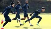 Berbeda dengan Paris Saint-Germain, Manchester United justru dalam kondisi percaya diri tinggi jelang laga 16 besar Liga Champions. (Reuters/Jason Cairnduff)