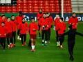 PSG Tak Perlu Gengsi Main Bertahan Lawan Manchester United