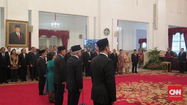 Jokowi Lantik Politikus PPP Hasrul Azwar Jadi Dubes Maroko