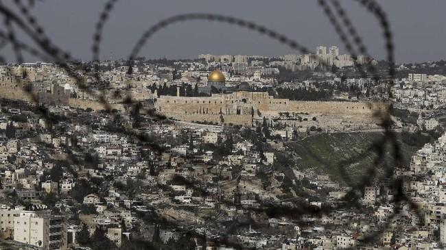 FOTO: Dua Kisah di Kota Tua Yerusalem