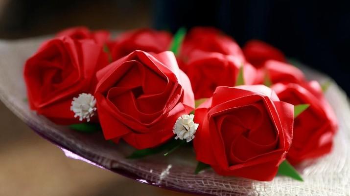 Bunga Origami Jadi Pilihan Saat Rayakan Valentine
