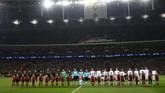 Borussia Dortmund yang berstatus juara Grup A bertamu ke markas runner-up Grup B Tottenham Hotspur pada leg pertama babak 16 besar Liga Champions 2018/2019.(REUTERS/David Klein)