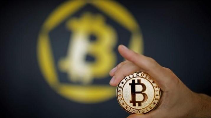 Harga Bitcoin kembali menguat hari ini (16/7/2019) setelah hampir empat hari berturut-turut dampak dari pernyataan Presiden Donald Trump.