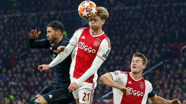 Calon Pemain Barcelona Singgung VAR pada Laga Ajax vs Madrid