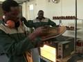 VIDEO: Sepatu Zimbabwe, Mendunia Demi Menahan Masalah Ekonomi