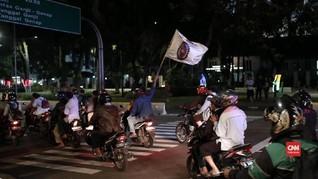 VIDEO: Awak Mobil Tangki Pertamina Adang Mobil Jokowi