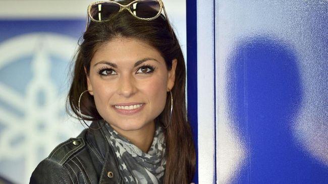 8 Sosok Mantan Kekasih Valentino Rossi