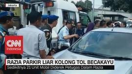 Bandel Parkir di Kolong Tol Becakayu, Puluhan Mobil Diderek