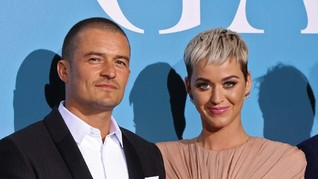 Katy Perry Dilamar Orlando Bloom di Helikopter