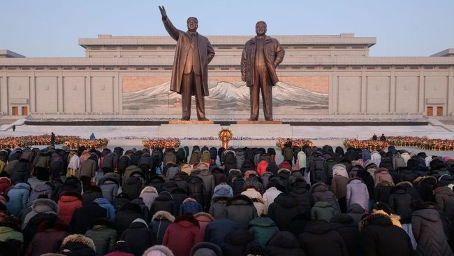 Ulang Tahun Ayah Kim Jong-un Dirayakan Sejak Pagi Buta