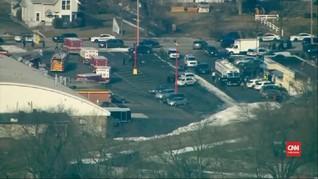 VIDEO: Lima Tewas dalam Penembakan Massal di Illinois