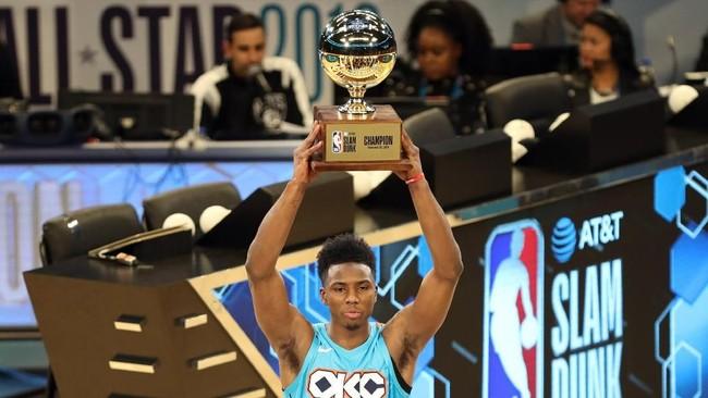 Diallo dinobatkan sebagai juara kontes slam dunk setelah mengumpulkan 88 poin pada babak final, mengungguli Smith Jr. yang mengumpulkan 85 poin. (Jim Dedmon-USA TODAY Sports)