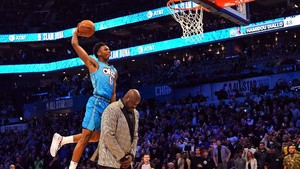 FOTO: Ragam Aksi NBA All-Star, Three Point hingga Slam Dunk