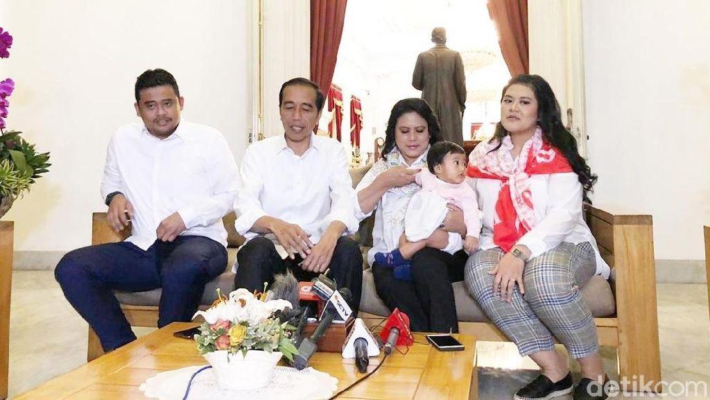 Jokowi Jumpa Pers bareng Keluarga Jelang Debat, Iriana Gendong Sedah Mirah