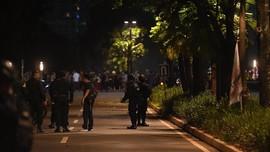 Lokasi Ledakan di Senayan Ditutup Dengan Garis Polisi