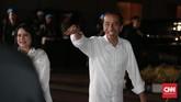 Capres nomor urut 01 Joko Widodo tiba untuk mengikuti debat capres. Sama seperti debat pertama, Jokowi juga mengenakan kemeja putih. (CNN Indonesia/Andry Novelino)