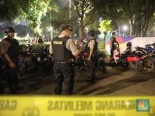 Ada Ledakan Keras, Aparat Gabungan Sterilkan Parkit Senayan