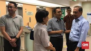 Boediono Datang Jenguk Ani Yudhoyono di Singapura