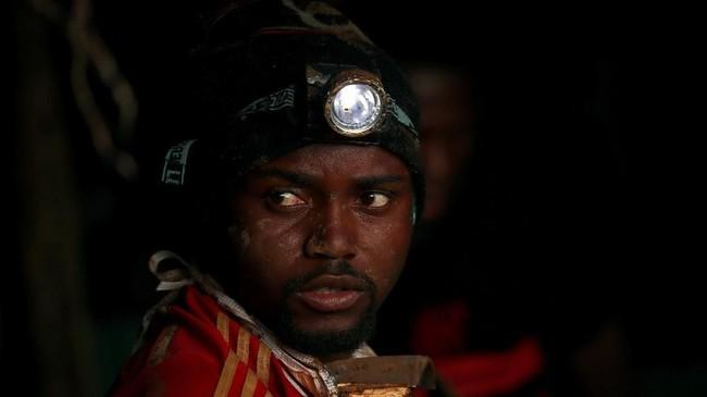 Pemerintah Zimbabwe menyatakan kejadian itu sebagai bencana nasional. (REUTERS/Mike Hutchings)