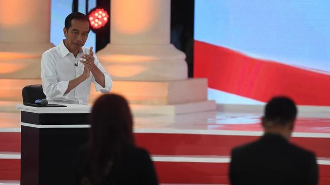 Dituding Bohong Saat Debat, Jokowi Dilaporkan ke Bawaslu