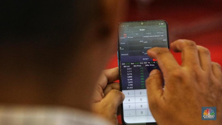 Diskusi jual beli saham Oppo Stocks in Your Hand di Bursa Efek Indonesia, Senin (18/2/2019). (CNBC Indonesia/Andrean Kristianto)
