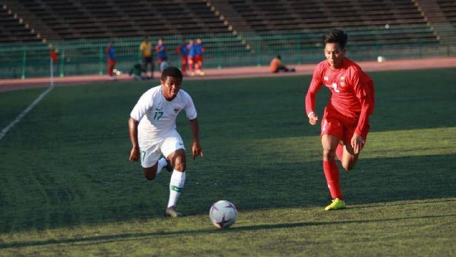 Timnas Indonesia U-22 Kesulitan Adaptasi Lapangan Sintetis