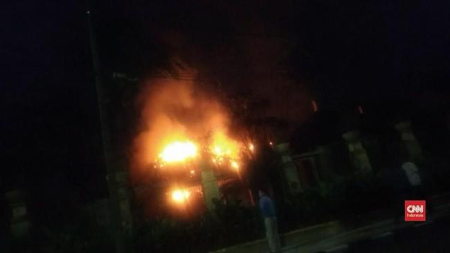 VIDEO: Rumah Pribadi Ketua DPR RI Terbakar