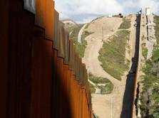 Mengintip Pembangunan Tembok Perbatasan AS-Meksiko
