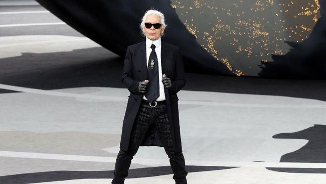 Karier Karl Lagerfeld:Balmain Sampai 'Kontrak Mati' di Chanel