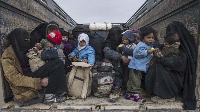 Kurdi Suriah Serahkan 12 Anak Yatim Piatu ISIS ke Prancis